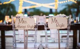 Mr. Right and Mrs. Always Right signs