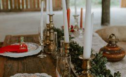 Barn wedding wood sweetheart table