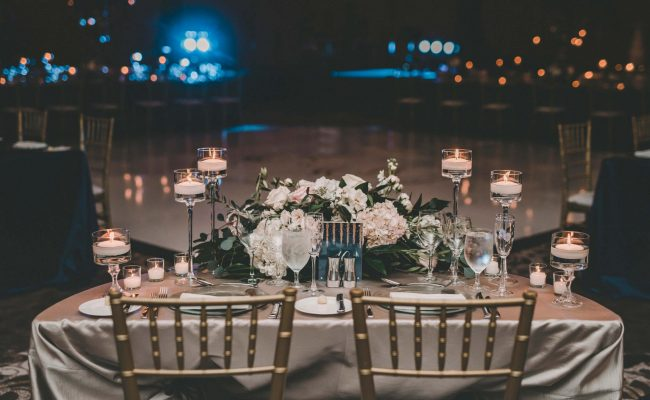 Bride and Groom's sweetheart table